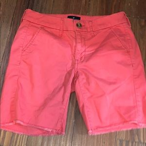 American Eagle pink shorts 00